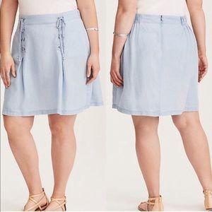 NWT Torrid Chambray Lace Up Skirt Sz 24 :: U4